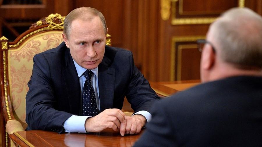 Владимир Путин и Александр Бердников.