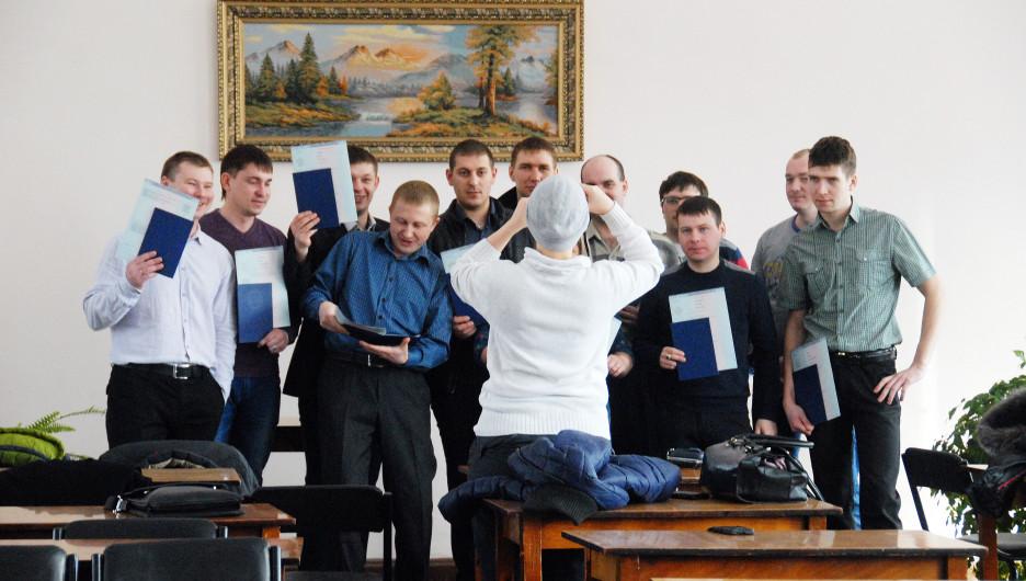 Выпускники АГАУ получили долгожданные дипломы.
