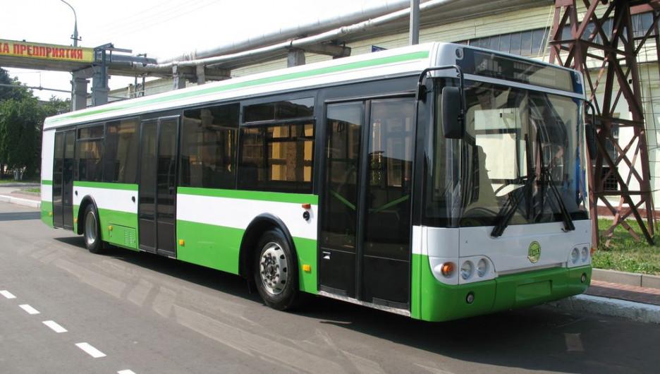 "Автобус ""ЛиАЗ""."