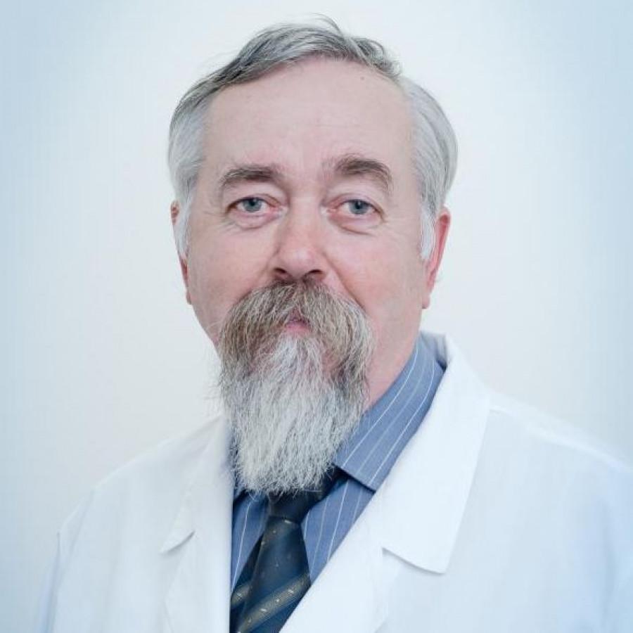 Анатолий Старков.
