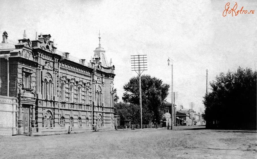 Бийск, 1917. Большая улица. Дом купца Васенева.