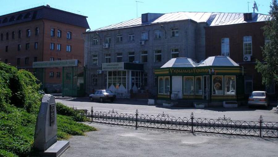 Барнаульский ЛВЗ основан в конце XIX века.