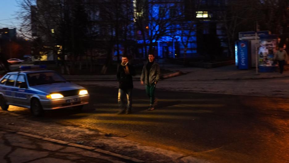 """Барнаульские конструкторы показали проецируемую дорожную """"зебру""""."""
