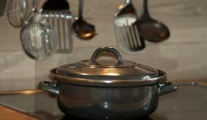 Кухня, кухонные принадлежности.