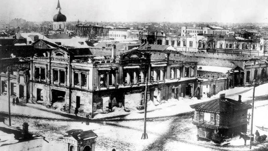 Московский проспект после пожара 1917 года.