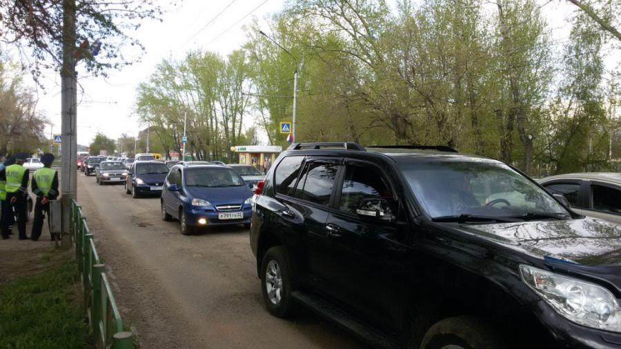 Сотни рубцовчан вышли на протест против плохих дорог