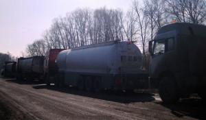 В Кулунде задержили тонны контрабандного автомобильного топлива.