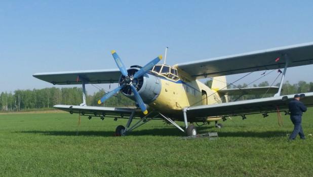 Самолет для опыления лесов