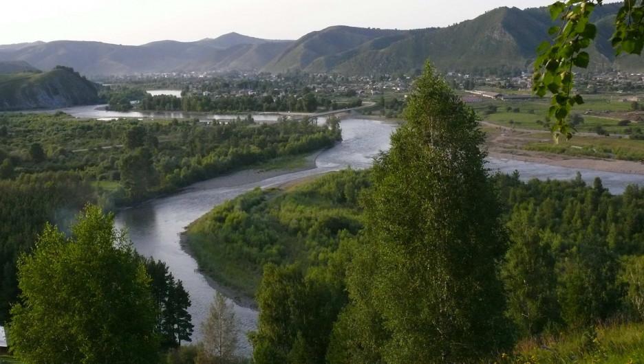 Чарыш, долина реки.