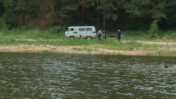 В озере Пионерском нашли тело.