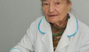 Акушеру-гинекологу Розе Скачедуб исполнилось 93 года.
