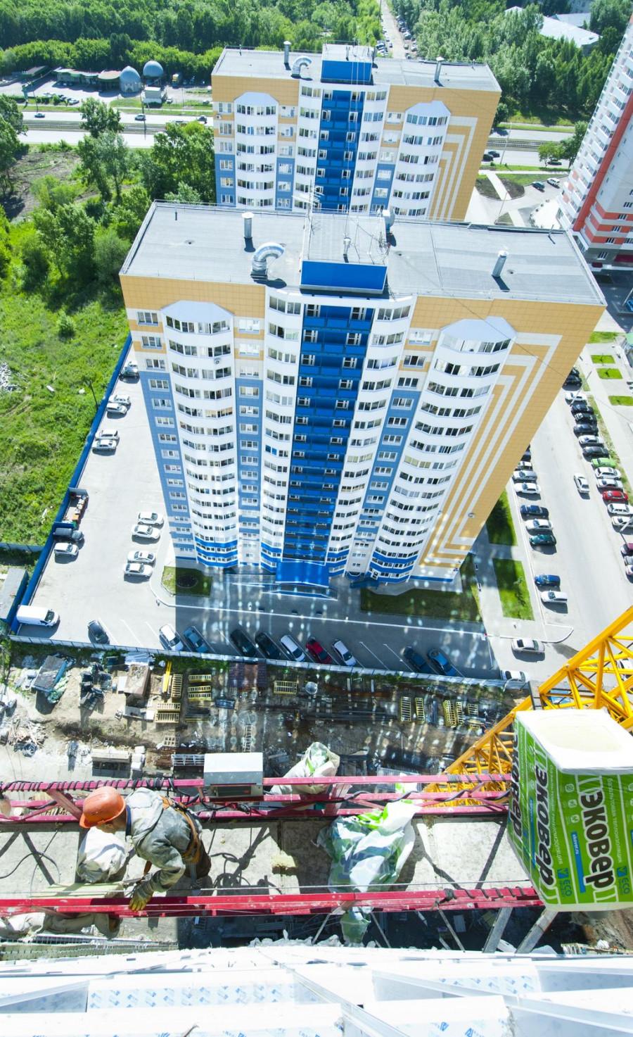 Строительство самого высокого дома в Барнауле.