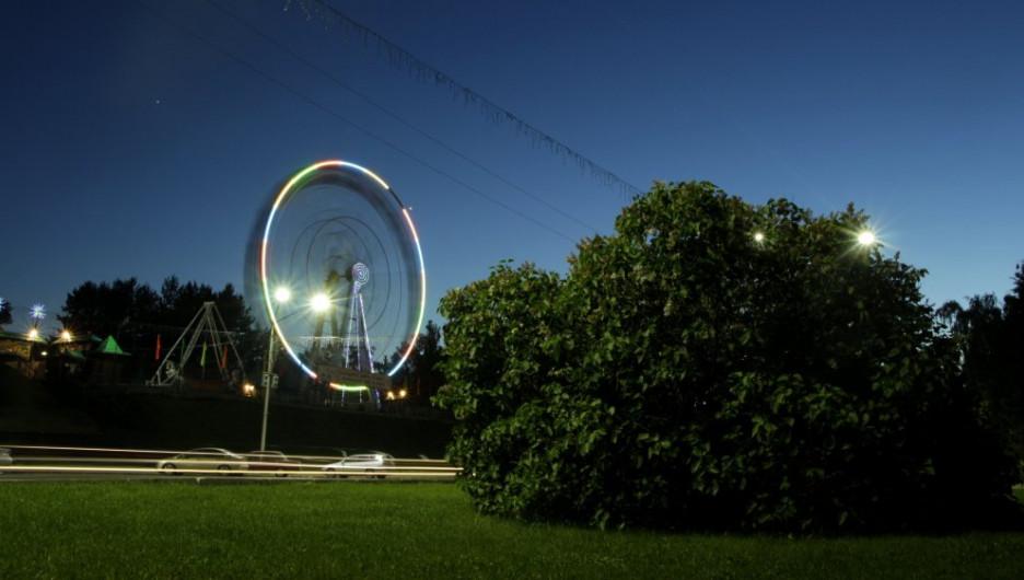 Колесо обозрения в Барнауле.