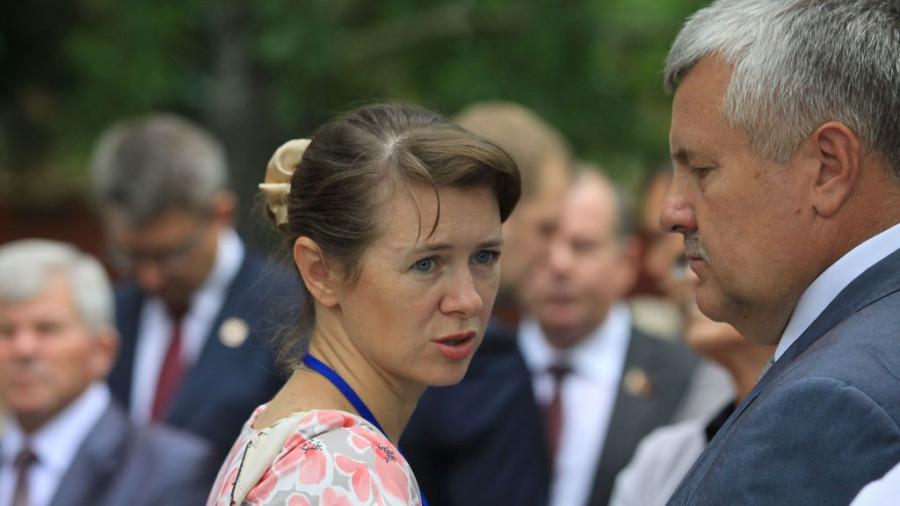 Руководители краевой и городской культуры Елена Безрукова и Валерий Паршков.