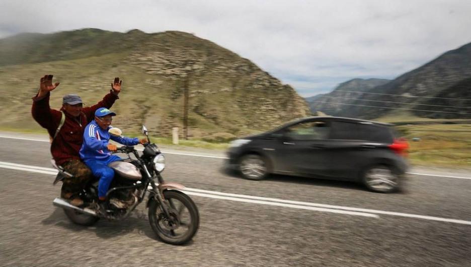 Забавные снимки туристов про Горный Алтай.