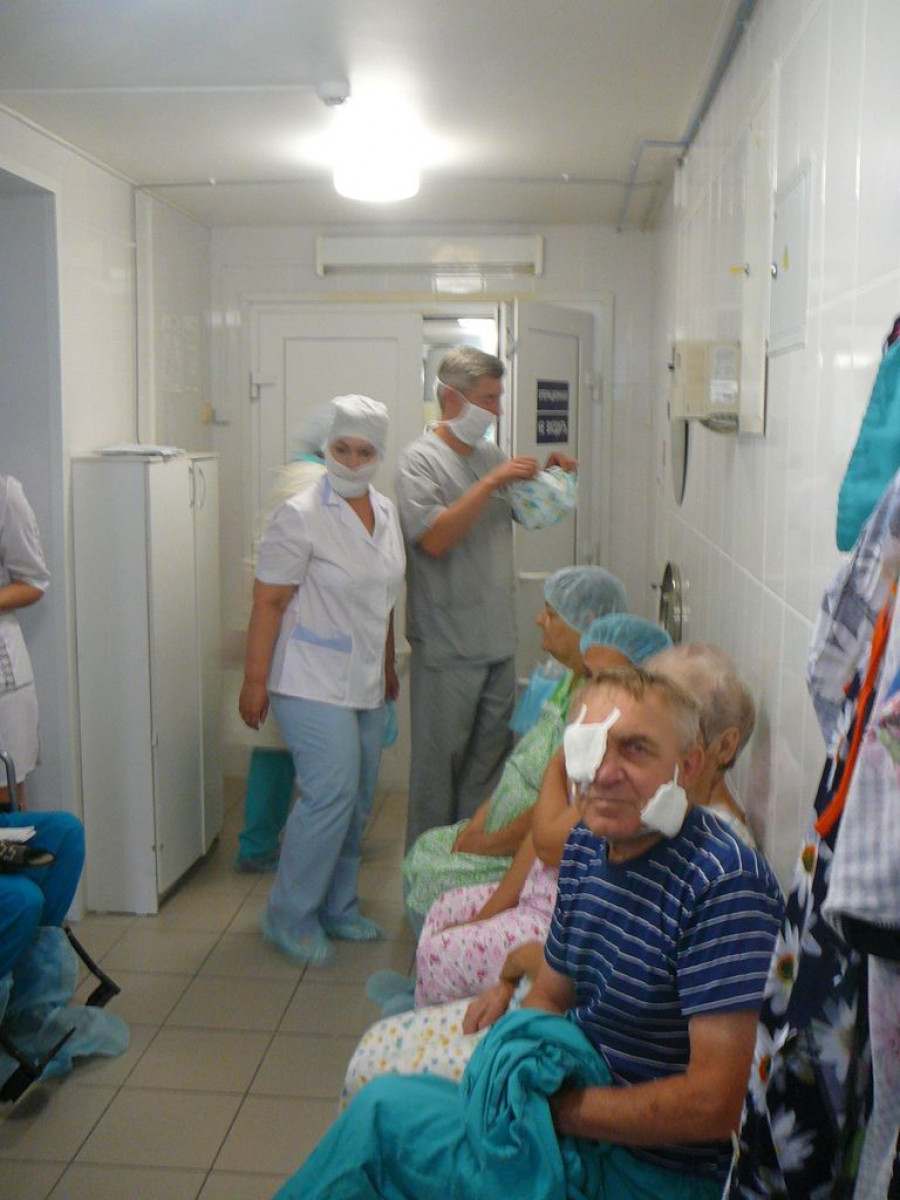 Операция в Краевой офтальмологической больнице.