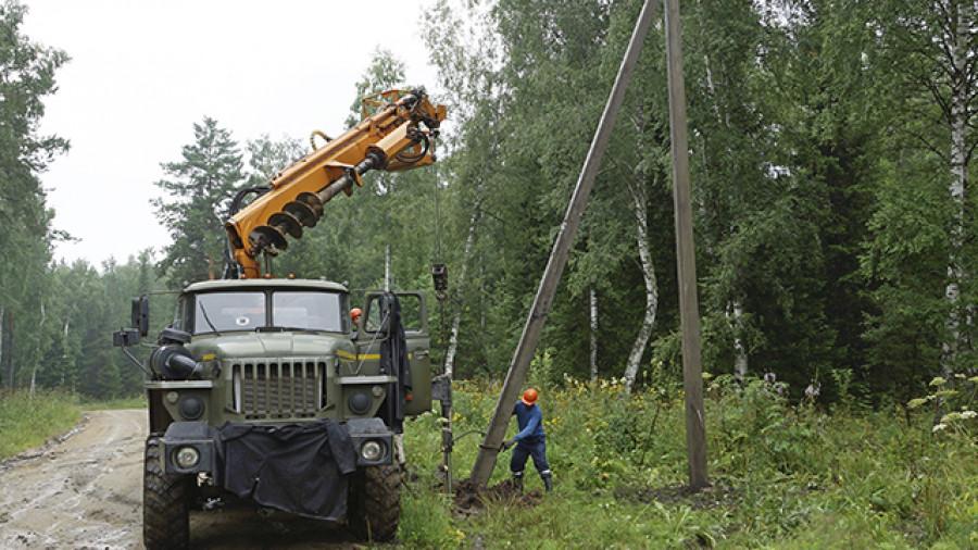 Энергетики начали строить ЛЭП в горах
