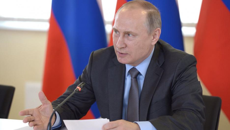 """Путин: """"Люди не просто ждут, а справедливо требуют ощутимых перемен"""""""