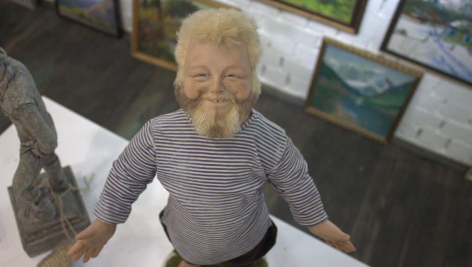 На Алтае проходит масштабная выставка авторских кукол.
