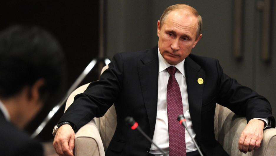 Владимир Путин на встрече сСиндзо Абэ.