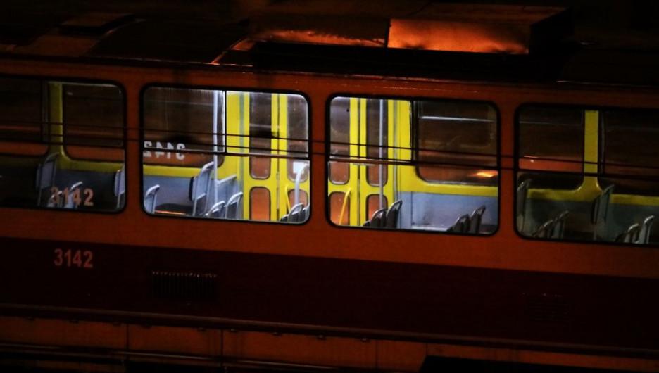 Трамвай. Общественный транспорт.