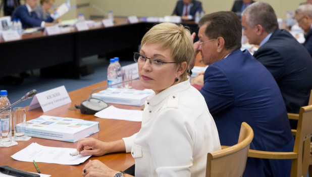 Марина Ковтун, губернатор Мурманской области.
