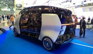 """КамАЗ и Яндекс создали беспилотный робот-маршрутку """"Шатл"""""""