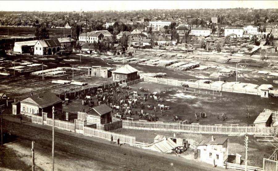 Вид на проспект Социалистический, слева располагался Лесопильный завод