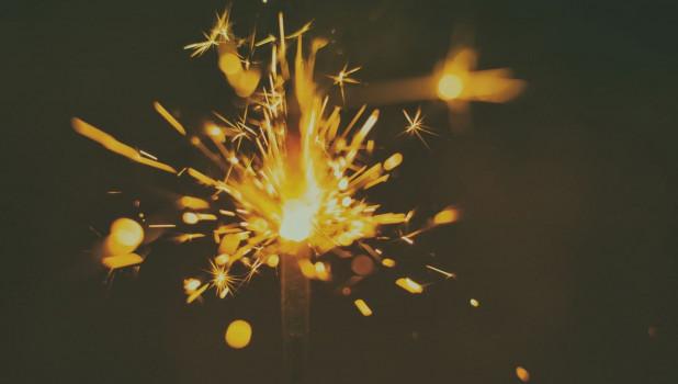 Бенгальские огни. Новый год.