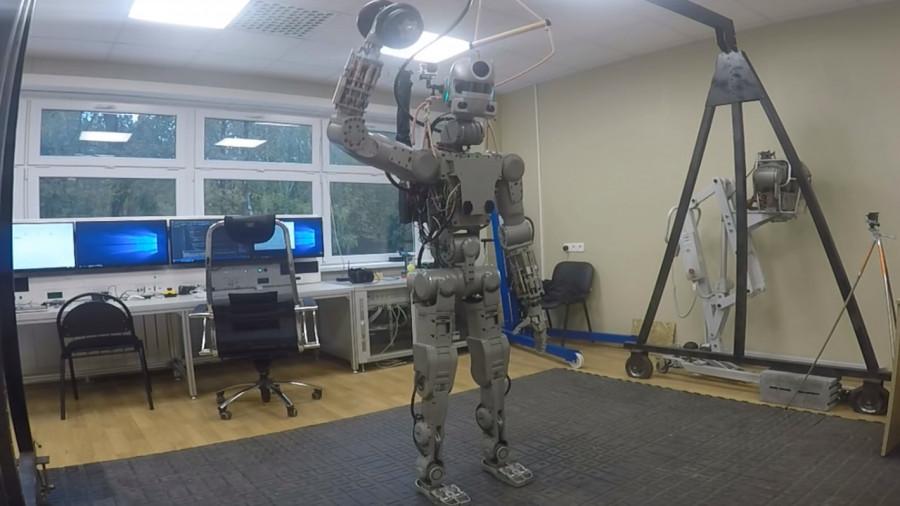 Робот Федор.