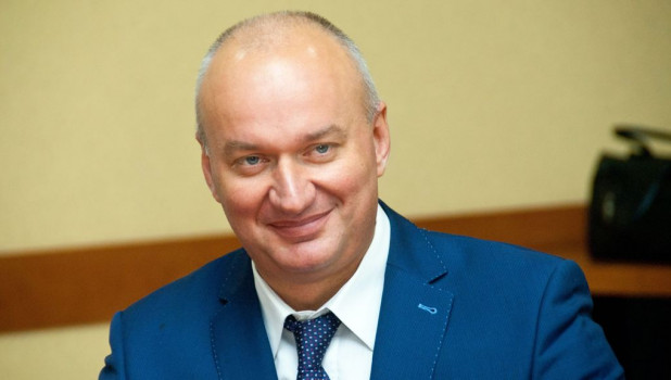 Владимир Захаров.