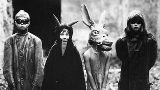 Леденящие душу костюмы на Хэллоуин.
