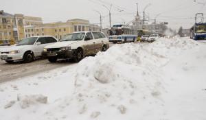 Пробки, автомобили в Барнауле.