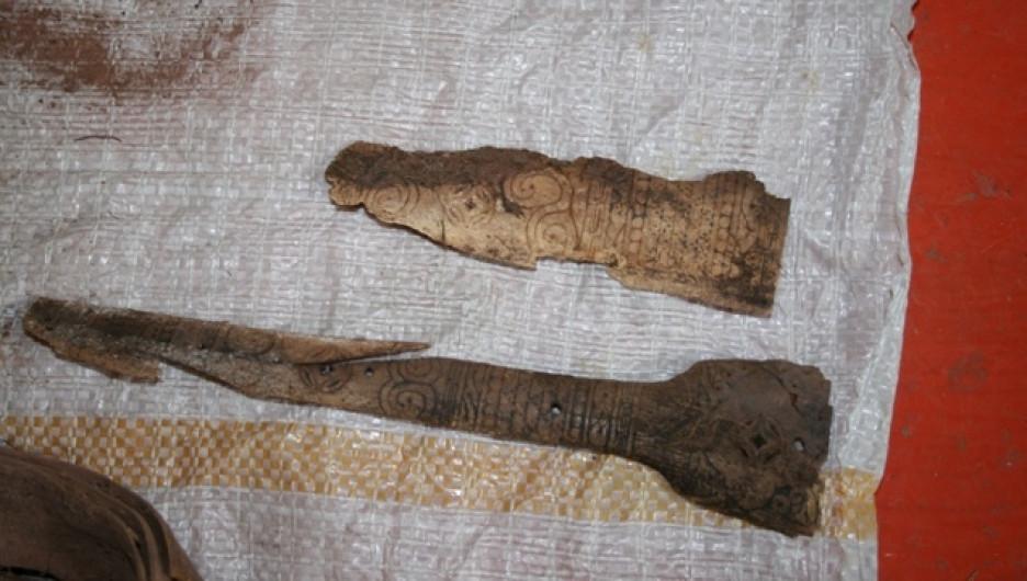 Находки из средневекового захоронения.