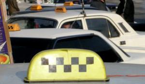 Иногда таксисты думают, что являются королями дорог. Хотя они всего лишь исполнители чужой воли.