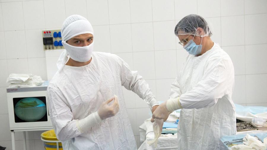В операционной. Медицина.