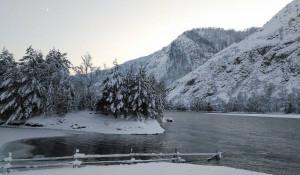 Заснеженный Алтай в ноябре.