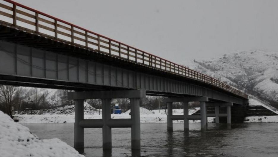 Новый мост через Чарыш.