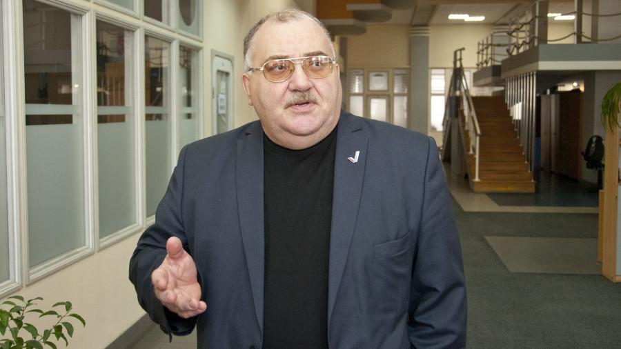Виктор Патудин.