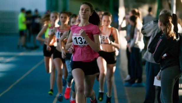 Соревнования по легкой атлетике.