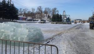 Строительство новогоднего городка-2017.