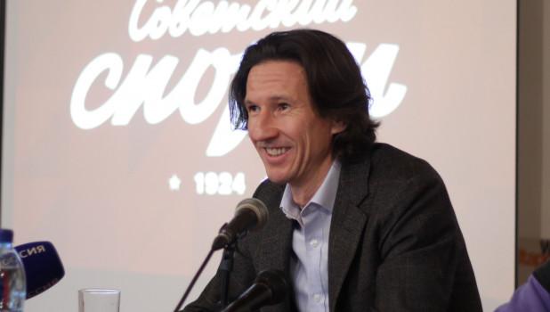 Алексей Смертин презентовал книгу в Барнауле.