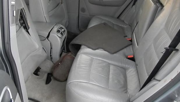 В Барнауле молодой угонщик разбил чужой Porsche Cayenne.