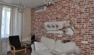 В Барнауле сдают двухэтажную квартиру.