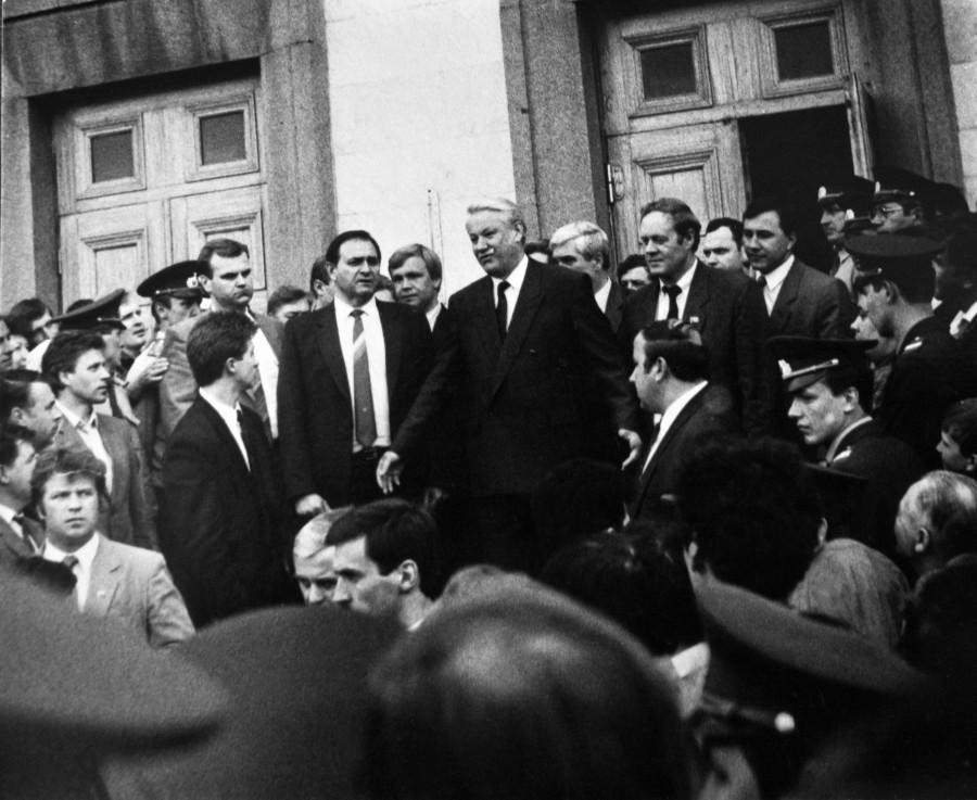 Барнаул в 90-е годы XX века. Бизит Бориса Ельцина в Алтайский край в мае 1992 года.