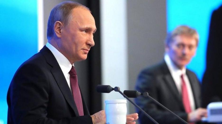 Владимир Путин и Дмитрий Песков.