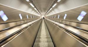 В метро. Эскалатор.