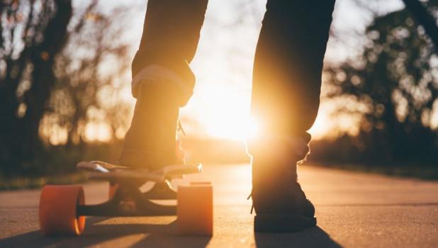 Скейтборд. Лето. Тепло.