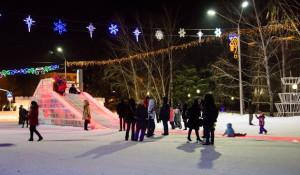 Ледовый городок на пл. Сахарова, 2017 год.