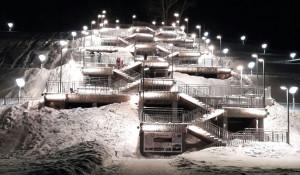 Лестница в Нагорном парке зимой.